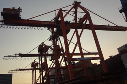 Erection and warranty services of N.1 STS Crane